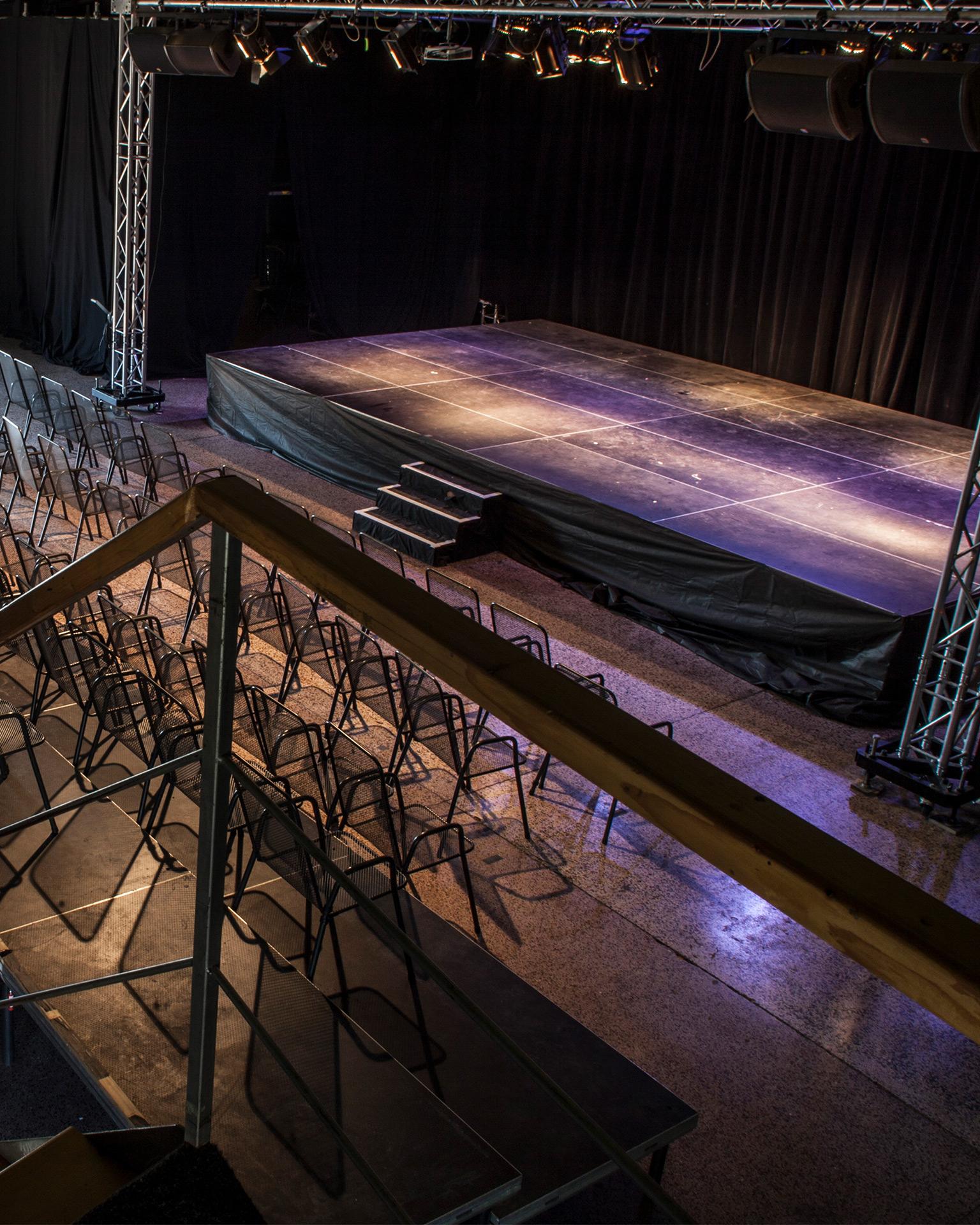 CoolTour Theatre